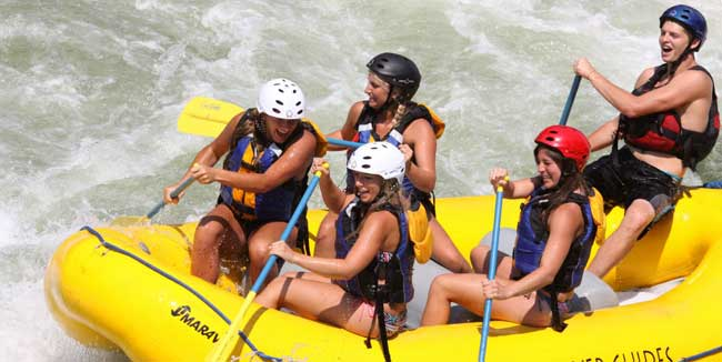 Fun-summer-activities-rafting